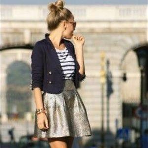 BNWOT! Never worn puffy circle skirt! It's perfect